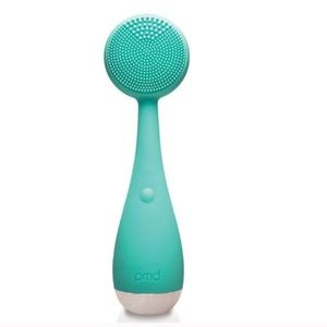 PMD Facial Cleansing Brush